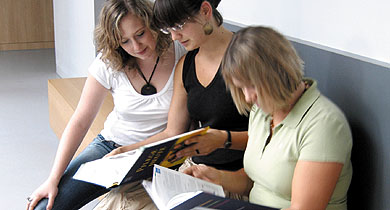Ausbildung und Studium