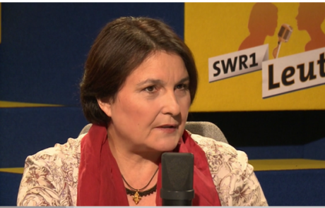 "Hebamme Mela Pinter in ""SWR1 Leute"""