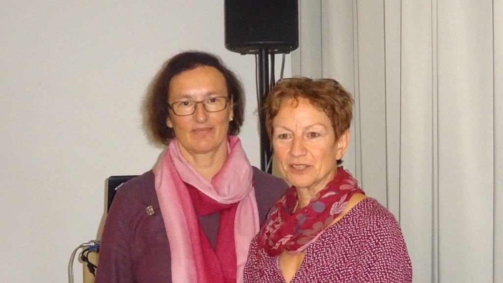 Die federführenden Organisatorinnen der länderübergreifenden Veranstaltung in Ulm: Susanne Weyherter und Christel Scheichenbauer